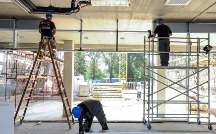 Építõipar - Debrecen - Forest Offices irodaház